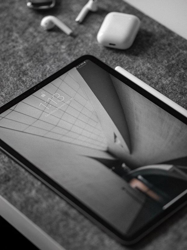tablet video marketing adelaide